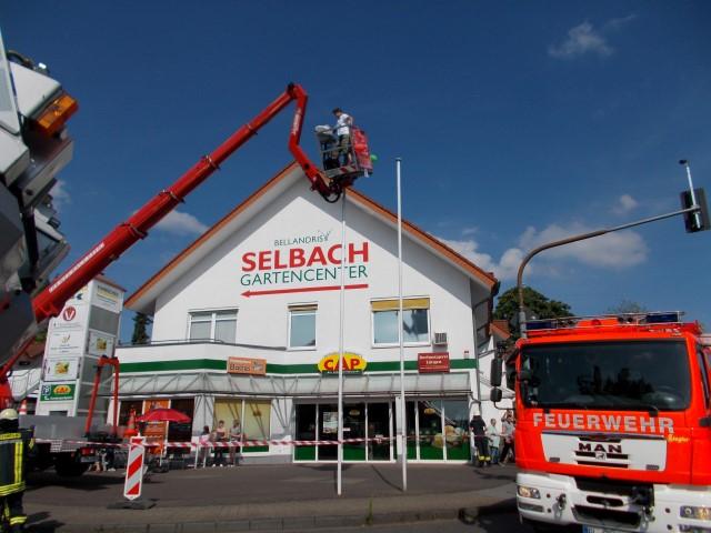 Unfall mit mobiler arbeitsb hne einsatzbericht bergisch gladbach paffrath - Mobel bergisch gladbach ...