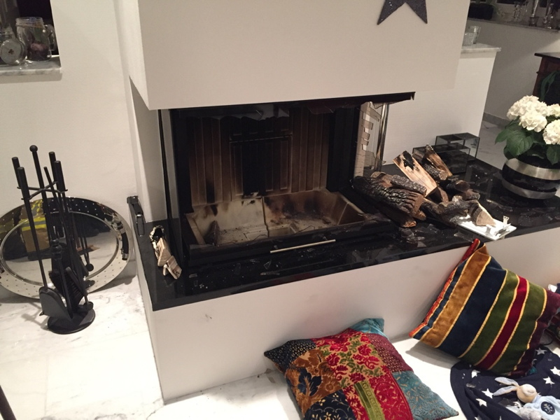 verpuffung in bioethanol kamin einsatzbericht ratingen. Black Bedroom Furniture Sets. Home Design Ideas