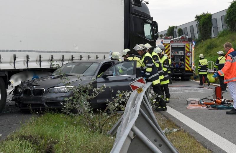 Verkehrsunfall auf der A99 [ Einsatzbericht / München ...