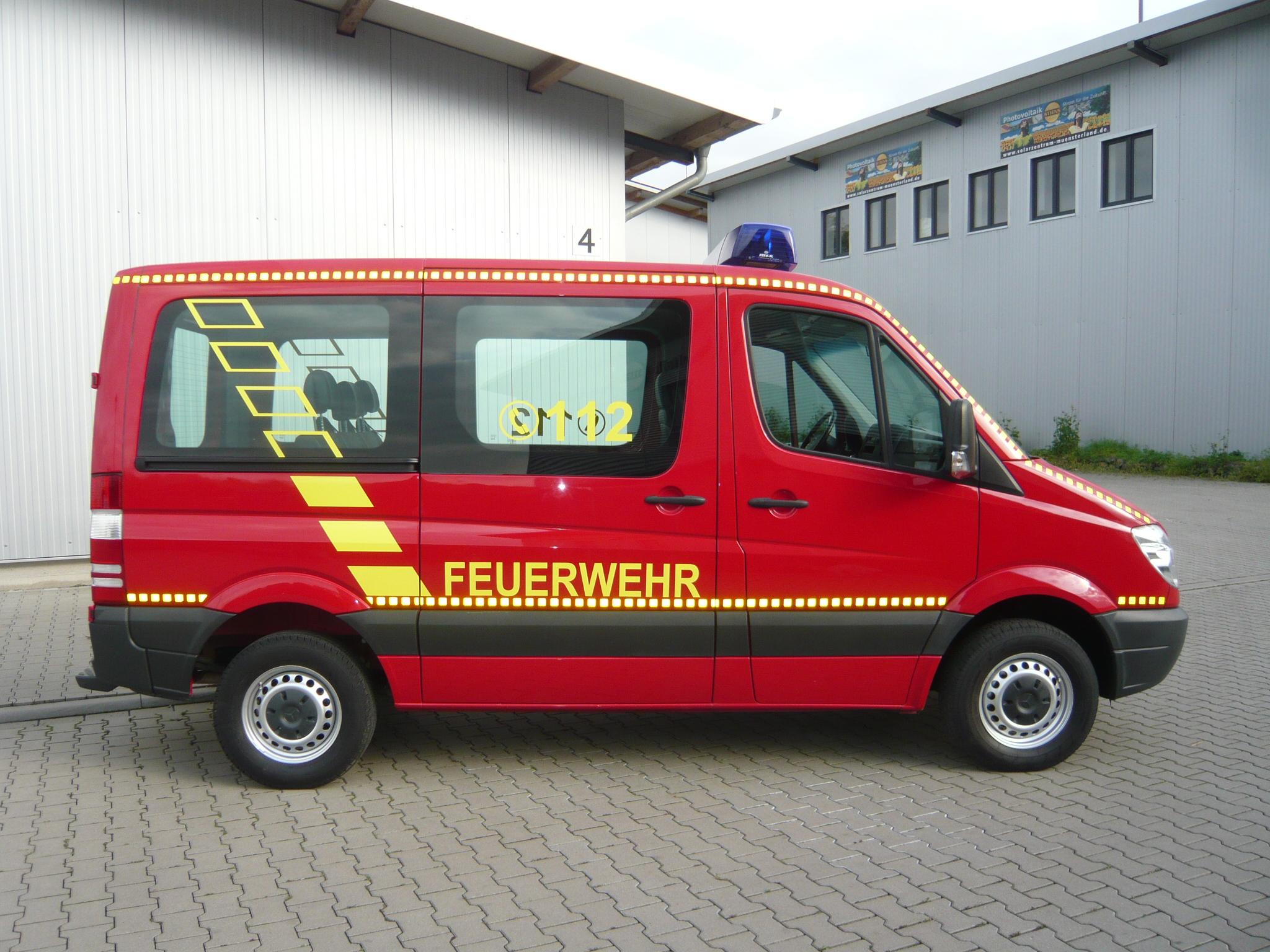 Mercedes benz sprinter 211 cdi feuerwehr mtw elw for Mercedes benz elw