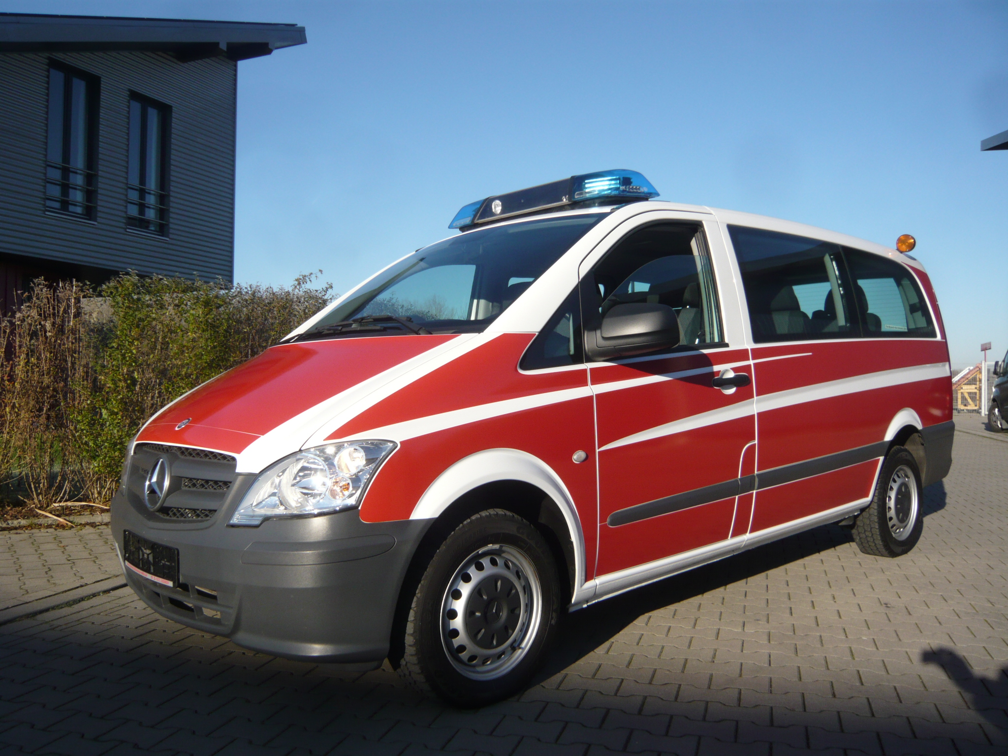 mercedes benz vito 110 cdi lang feuerwehr mtw. Black Bedroom Furniture Sets. Home Design Ideas