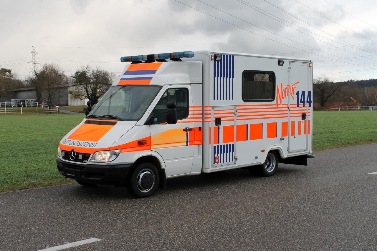 krankenwagen zum wohnmobil