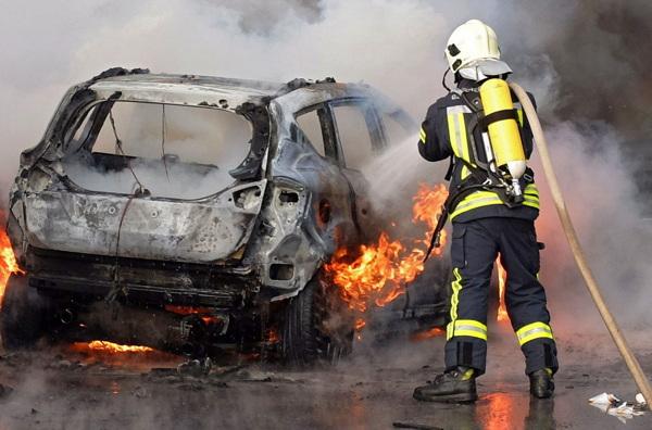 Bochum Jasmin Die Exotin Bei Der Feuerwehr Welt